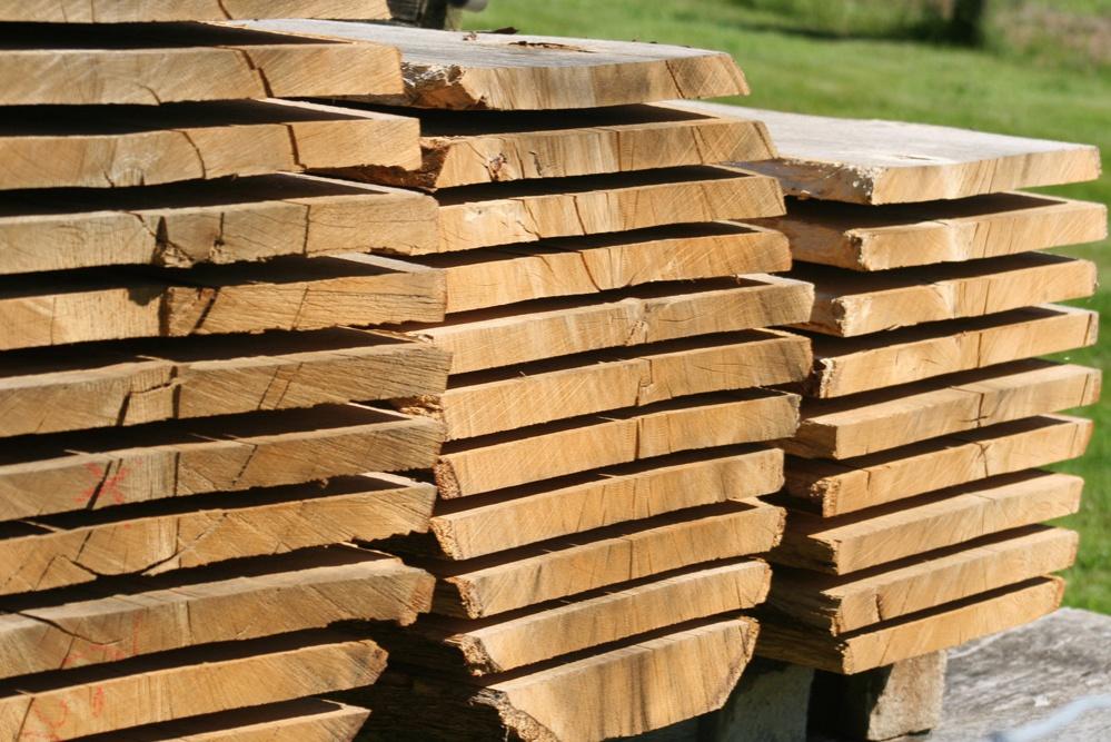 Eichenbohlen für Massivholzmöbel